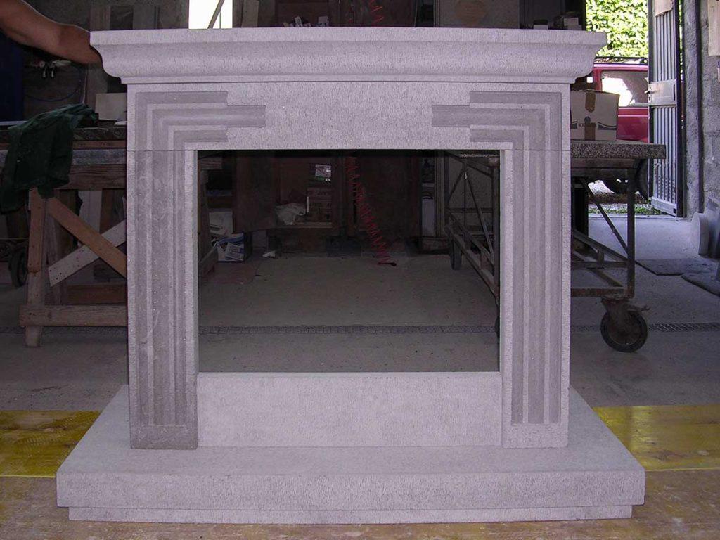 Immagini Camini In Pietra camini in pietra e marmo | cornici e rivestimenti camino