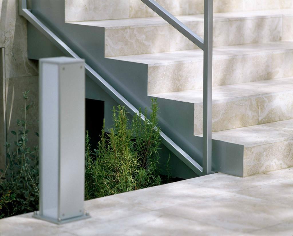 Scala In Marmo Nero scale in marmo e scale in pietra, granito per interni ed esterni